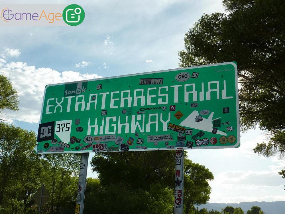 Extraterrestrial-Highway-GameAge.ir